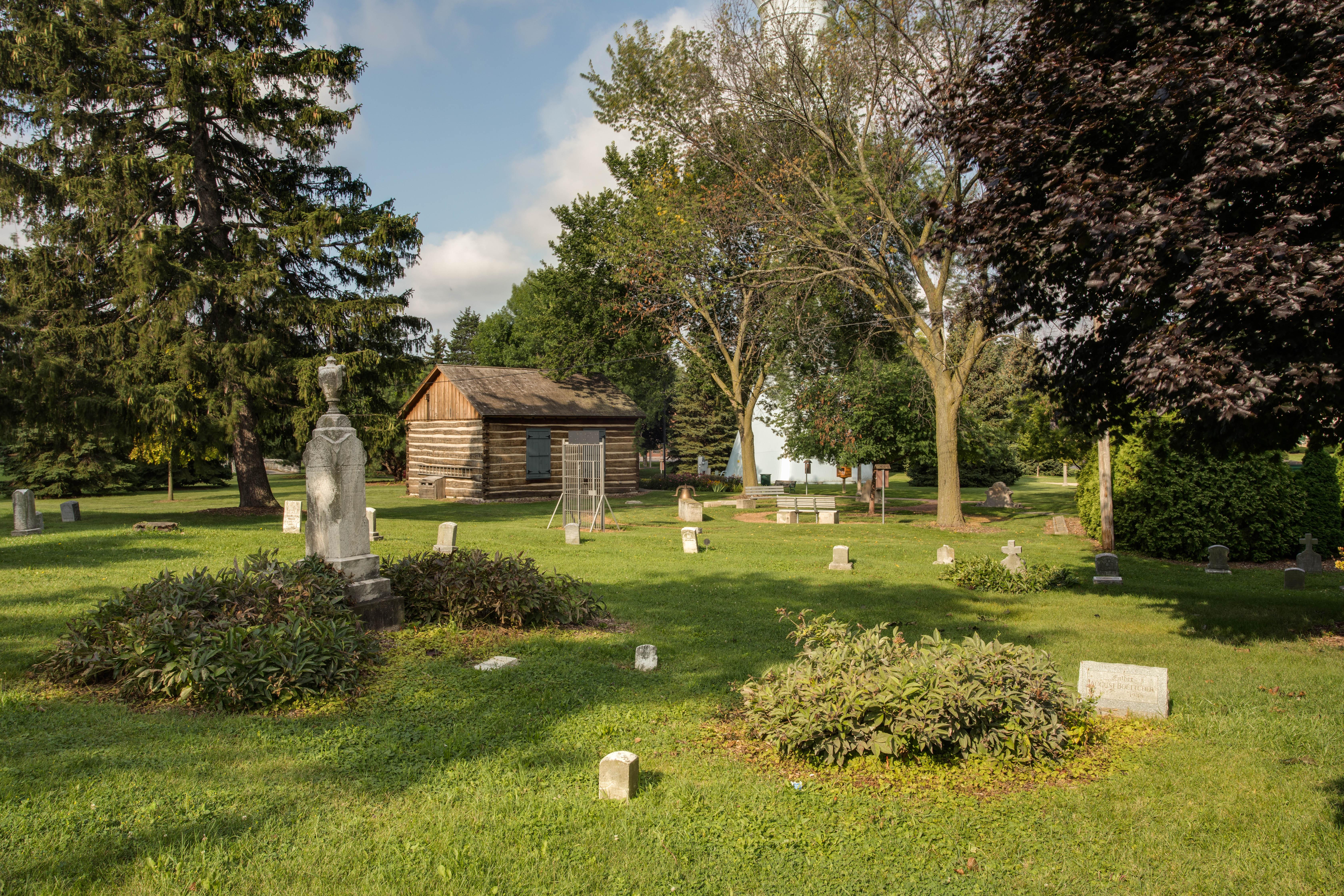 Honey Creek Cemetery Listing