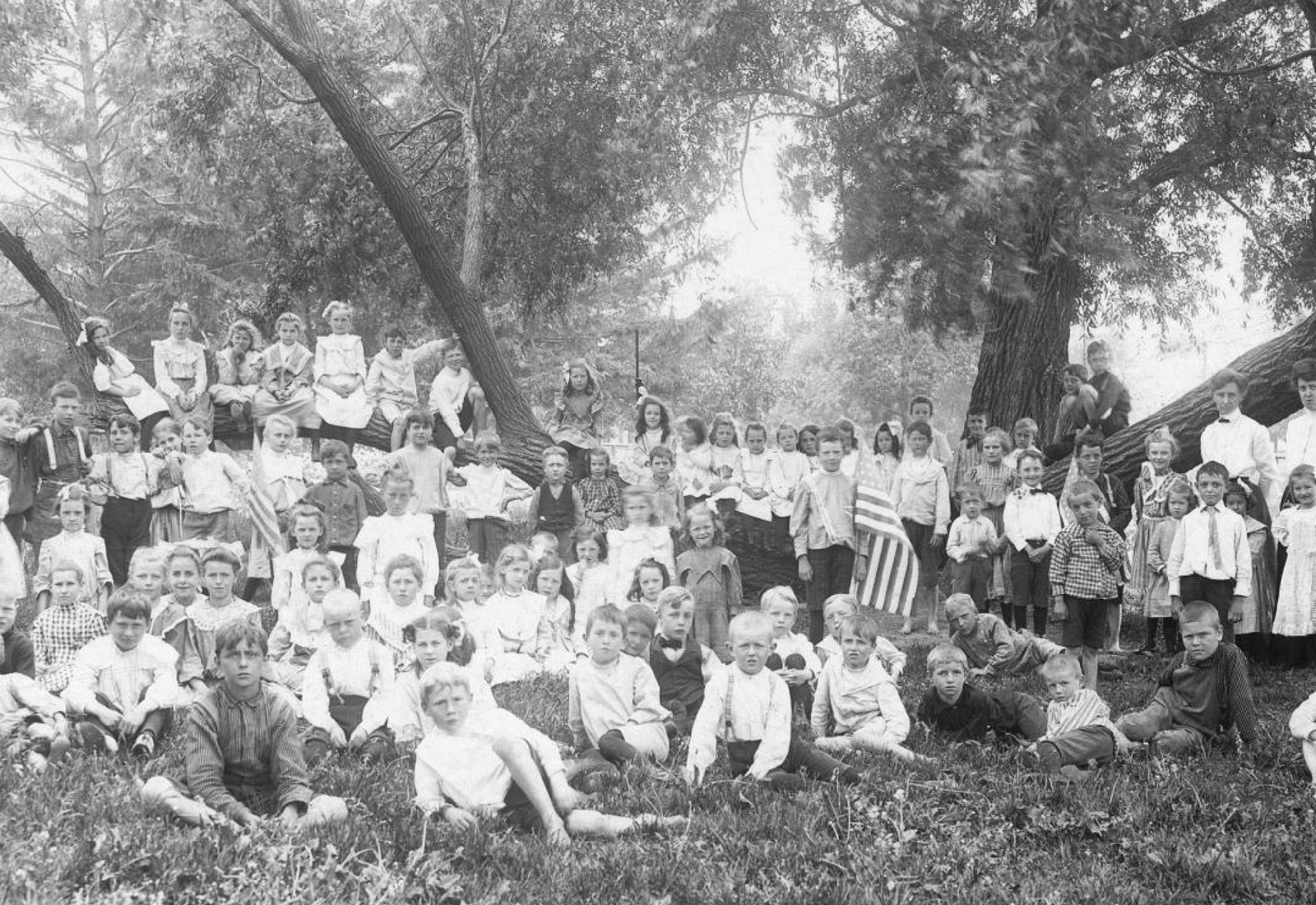 West Allis Garfield School kids circa 1890s photo